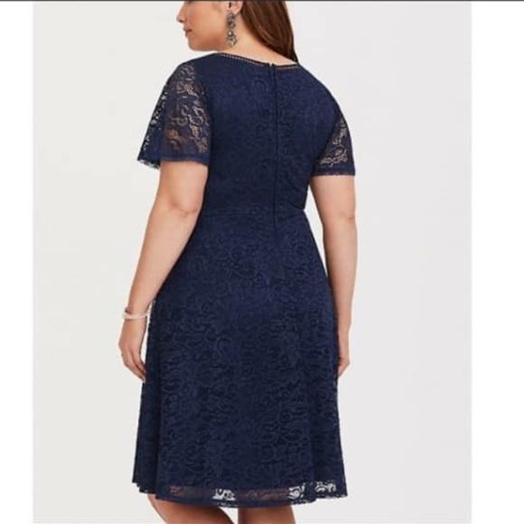 Torrid Navy Blue Lace V Neck Mini Dress Size 18 Boutique